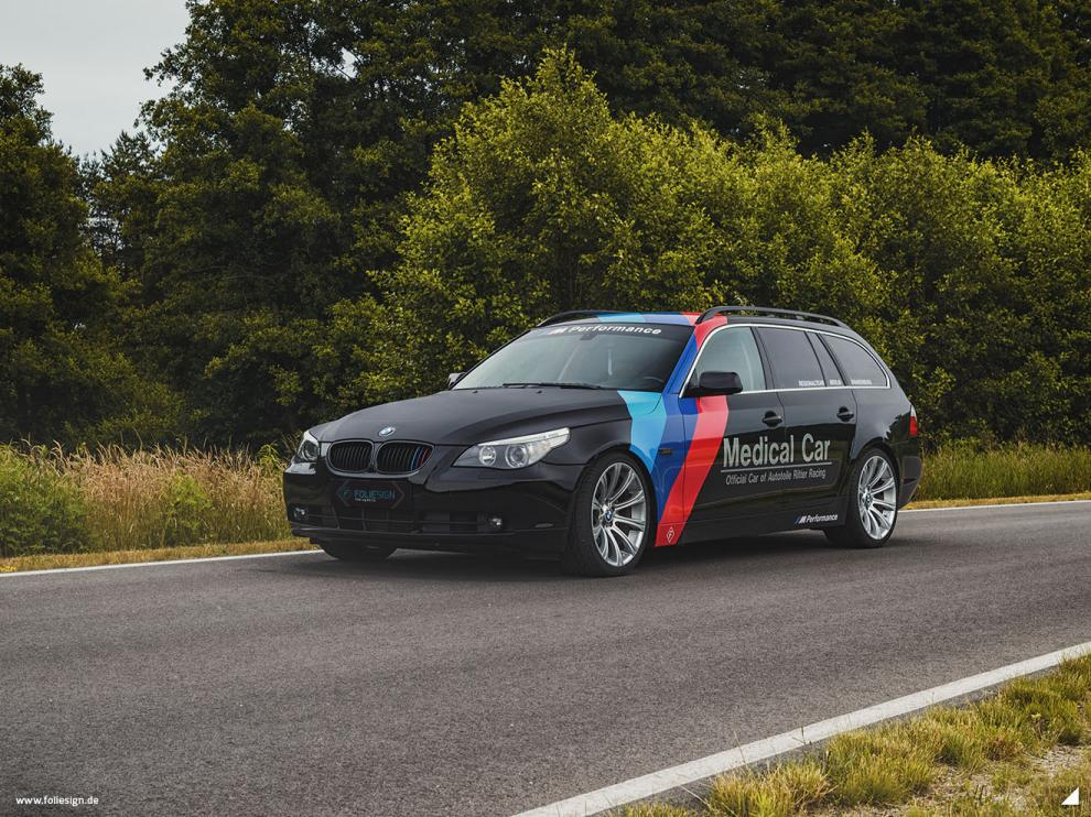 FOLIESIGN BMW 5er Touring Medical Car Folierung